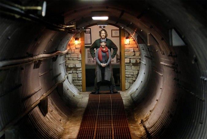 un-silo-a-missiles-transforme-en-airbnb-luxueux-1