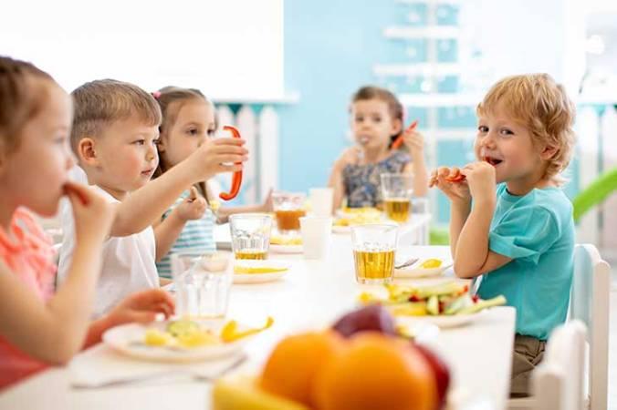 déjeuner école